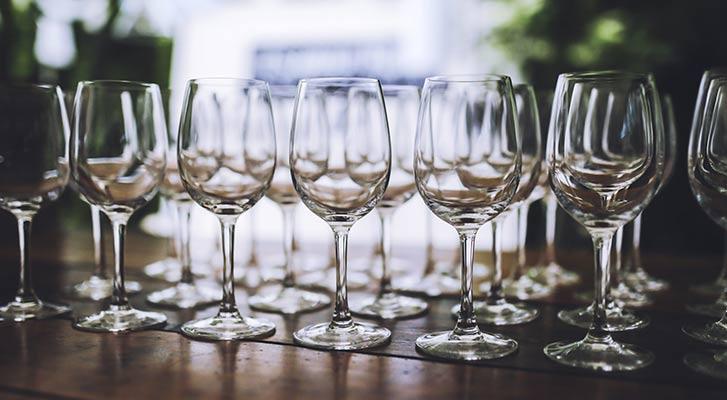 Wie verkostet man Wein richtig? | Obrist.ch